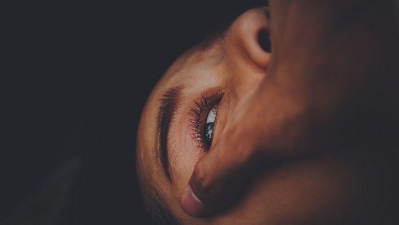 En voldspandemi uten kur: Dramatisk økning i vold mot kvinner